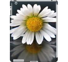 Just a Simple Daisy iPad Case/Skin