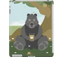 Bear with a jar of honey iPad Case/Skin