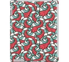 Crazy tangle doodle sea waves pattern iPad Case/Skin