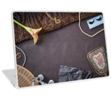 Feminine objects - visit at the opera Laptop Skin
