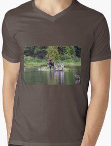 Loose Moose Mens V-Neck T-Shirt