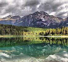 Patricia Lake & Pyramid Mountain by Vickie Emms