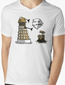 Are you my mummy? - GOLD version Mens V-Neck T-Shirt