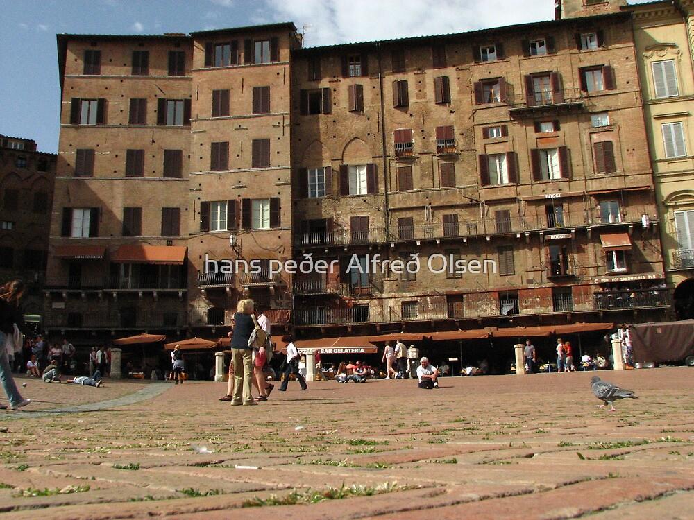 Piazza del Campo by hans p olsen