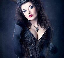 Dark Queen by LaEsmeralda