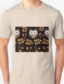 Cute Brown Owl Autumn Pattern Unisex T-Shirt