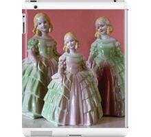 VINTAGE DOLLS iPad Case/Skin