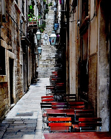 Dubrovnik Alley by Thomas Barker-Detwiler