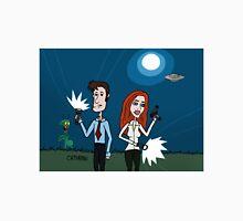ZEEK ... The Martian Geek sneaks past Mulder to meet Scully Unisex T-Shirt