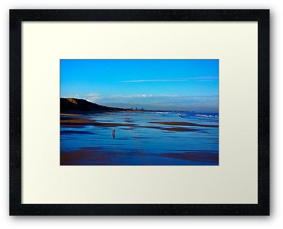 Strolling on the Beach - Saltburn by Trevor Kersley