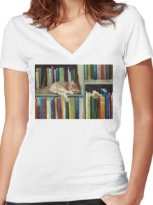 Quite Well Read Women's Fitted V-Neck T-Shirt