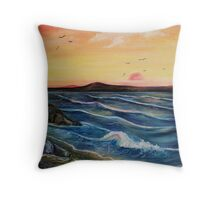 Seaweed and Rock pools Throw Pillow