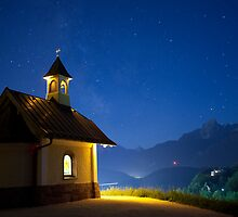 Chapel at night - Berchtesgadener Land (Germany) by wayfarer