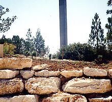 Israel - Yad Vashem - The Pillar of Heroism by Shulie1