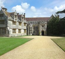 Athelhampton Hall, Dorset by Ian  Batchelor