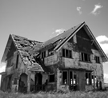Long Forgotten Home by agentscully