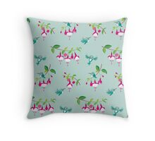 Kawaii Hummingbird fuchsia green pattern Throw Pillow