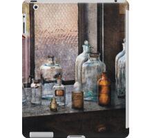 Chemist - Bottles iPad Case/Skin
