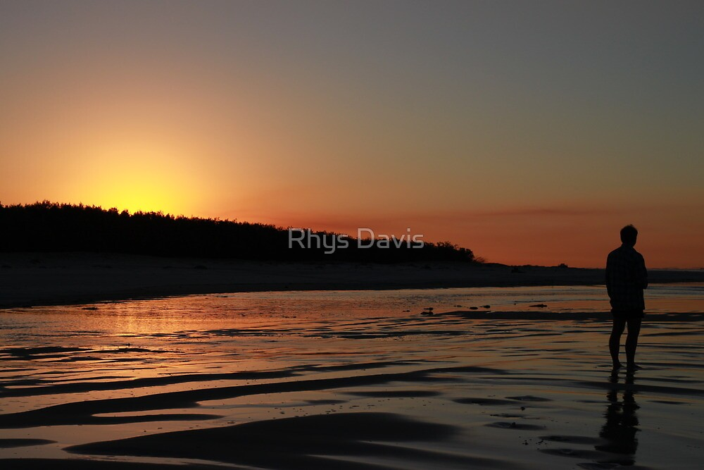 Sunset. by Rhys Davis