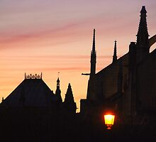 Paris - Notre-Dame. by Jean-Luc Rollier