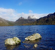 Dove Lake & Cradle Mountain  by Harry Oldmeadow