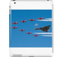 Avro Vulcan and Red Arrows iPad Case/Skin