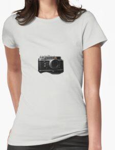 zorki 4 red dot T-Shirt