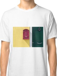 Send and receive  Classic T-Shirt