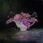 Garden Flowers (Pæoner og Syrener) by atelier1
