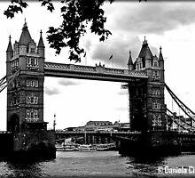 Dear, old London.... (UK) by Daniela Cifarelli