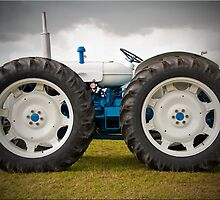 Tractor by AttiPhotography
