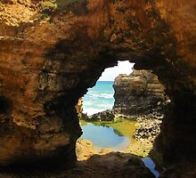 Ocean Tunnel by photochunk