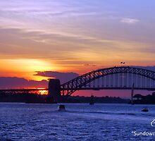 Sunset by the side of Sydney Bridge & Operahouse by elakmal