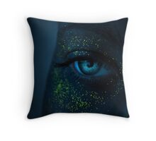 Navi Throw Pillow