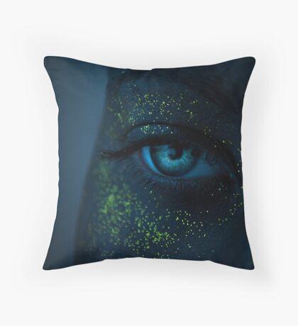 Navi Throw Pillow