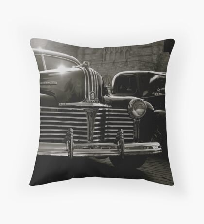 Bugsy... Old Time Gangster Rides Throw Pillow