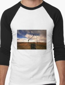 Ominous Prairie Skies Men's Baseball ¾ T-Shirt