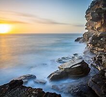 Bronte beach sunrise on new years day, 2015 by Distan