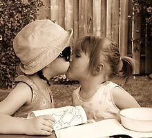Bestfriend kisses !  by Emily Drew