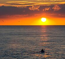 Paddling into the sunset by BizziLizzy