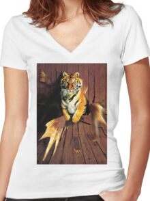 Tiger Wreckage Women's Fitted V-Neck T-Shirt
