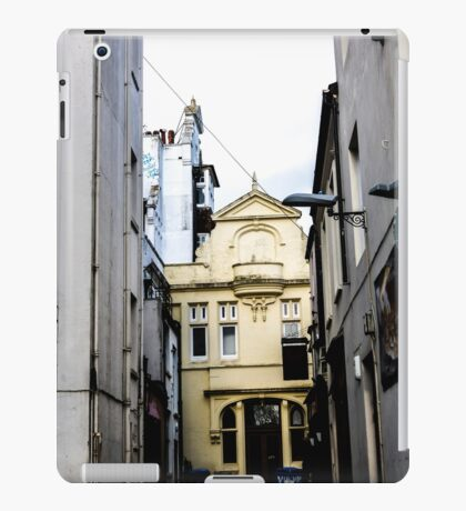 Vintage Buildings iPad Case/Skin