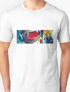 Retro Robot 2 Unisex T-Shirt