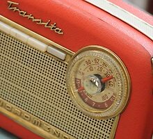 Old Transistor Radio by Mers Duran