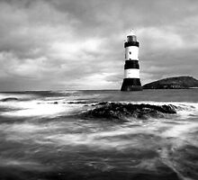Penmon Lighthouse,Anglesey by Dylan38