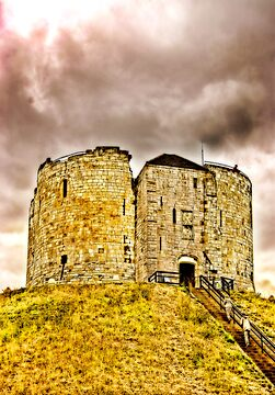 Cliffords Tower - York by Trevor Kersley