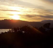 Sunrise over the Columbia River #17 by Dawna Morton