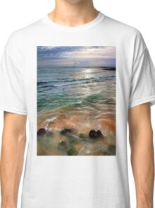 sand and sea love Classic T-Shirt