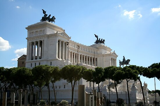 Il Vittoriano by hjaynefoster