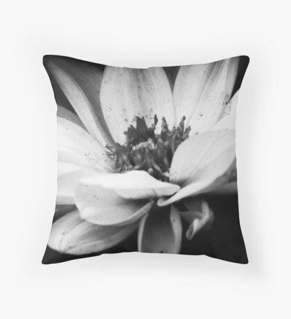 Dahlia in bloom III Throw Pillow